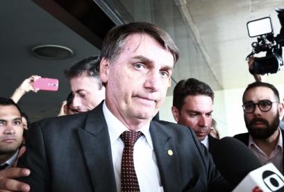 O presidente eleito Jair Bolsonaro se encontra com o presidente do Tribunal Superior do Trabalho (TST), João Batista Brito Pereira, em Brasília (DF), nesta terça-feira (13)