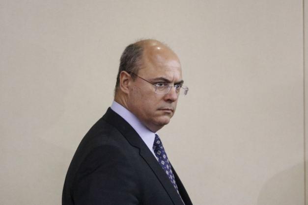 STJ mantém afastamento de Witzel do governo do Rio